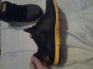 Nike livestrong running shoes 3.0