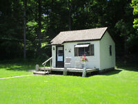 PORT STANLEY - CABIN BY THE WOODS