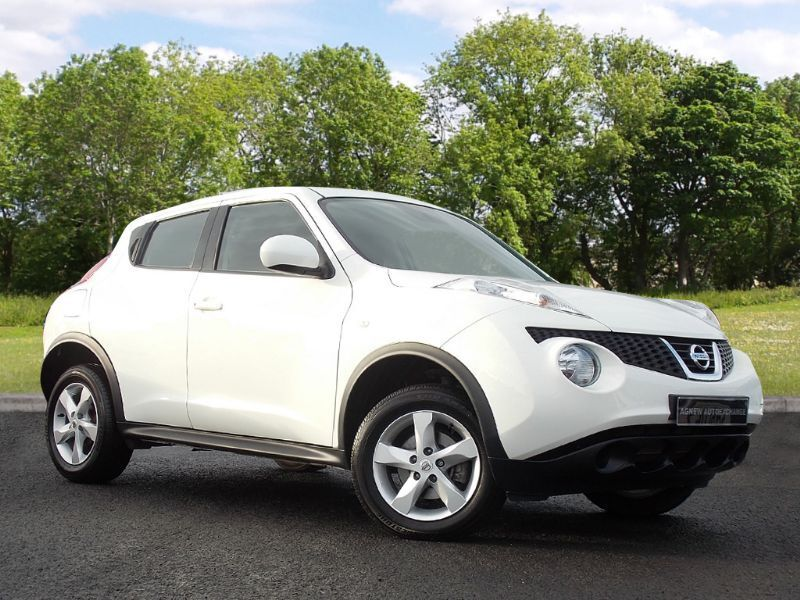 Nissan Juke 1.6 16v Visia 5dr (white) 2014
