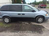 2006 dodge caravan well maintained