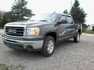 camion gmc1500 4x4 4 portes 2010