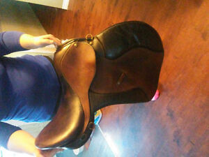 """All leather 18"""" english A/P saddle for sale"""