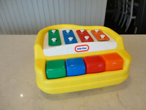 Vintage Little Tikes Xylophone Piano -Works Perfect &Looks Great