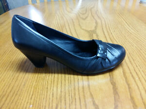 New black Aldo dress shoes
