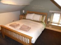 Double room in 2 bedroom flat. Sharing with only one person.