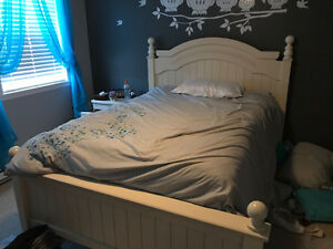 Selling Cottage Retreat Double Bed set for $600