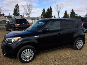 2016 KIA SOUL ONLY 21,000 KMS,BLUE TOOTH, CLEAN CARPROOF HISTORY