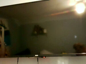 "40"" RCA LED TV and LG Blue Ray player"