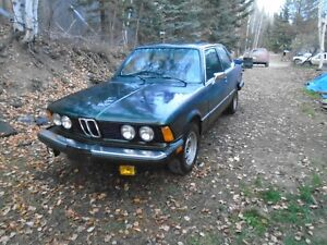 1979 BMW 320i 4spd 4cyl low kms New paint & Runs Great!