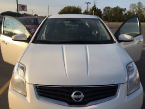 Great Condition 2012 Nissan Sentra. Priced to sell