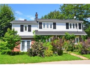 Great Location in Sandy Hill!!!
