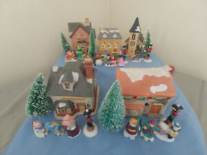 Zellers 7pc Lighted Ceramic Christmas Sets (5)