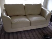 2 seater sofa - Ivory/cream leather