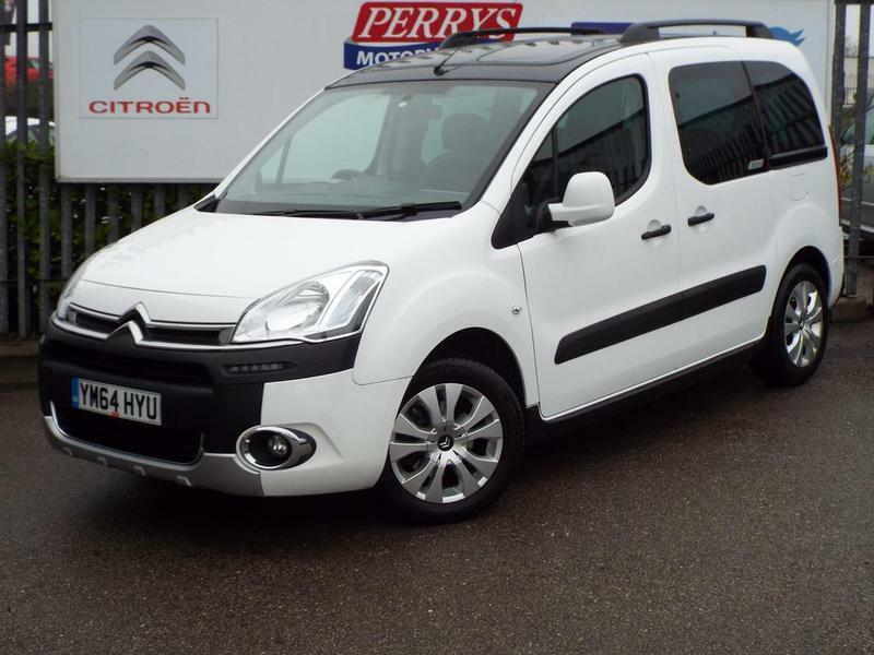 citroen berlingo multispace 1 6 hdi 115 xtr 5 door white 2015 in barnsley south yorkshire. Black Bedroom Furniture Sets. Home Design Ideas