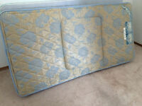 Twin box spring with matress