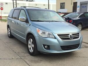 2009 VW ROUTAN SEL, FULLY LOADED WITH REMOTE STARTER
