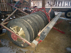 CIH 5100 seed drill and packer