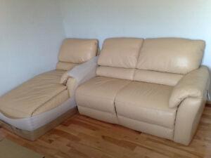 Natuzzi Genuine Leather Gorgeous Chaise Lounge Like New