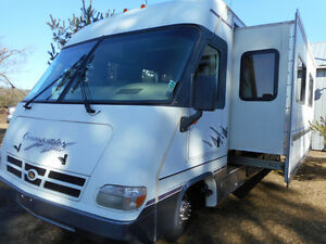 1997 TRIPLE E -  WITH DOUBLE SLIDEOUT - $10,500.