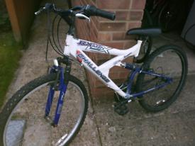"Bike for sale 26"" wheels"