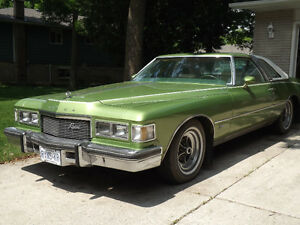 1976 Buick Riviera - Green - One Owner