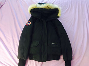 Canada Goose womens outlet authentic - Canada Goose Jacket Navy | Kijiji: Free Classifieds in Ontario ...