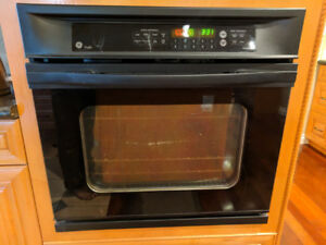 GE Electric convection built in oven.