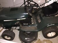 "Craftsman riding lawn mower 42"" 15.5hp Briggs and Stratton"