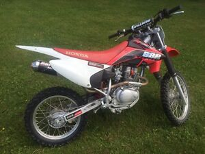 2011 crf 150  nice clean bike