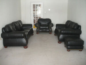 "4 pics ""Chesterfield""high end leather sofa set, delivery availab"