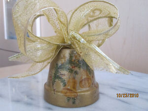 Beautiful Hand Crafted Christmas Decoration or Present London Ontario image 8