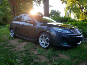 2010 Mazda 3 GT Hatch - 6 Speed Manual - Leather - Loaded