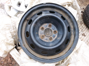 FOUR STEEL WHEELS 15 INCH OFF 2009 TOYOTA COROLLA WILL FIT TOYOT