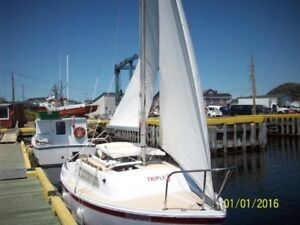 21' Aquarius FG Sailboat