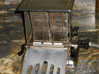 Westinghouse Turnover Toaster