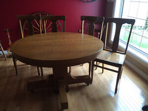Mission Oak Round Table/Sideboard