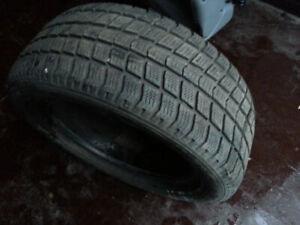 4 pneu d'hiver Roadestone 195 55R15 bon etat