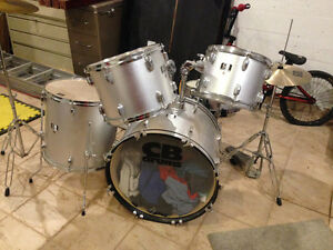 Drums for sale. Nego.........
