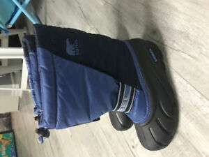 [Brand new] Sorel Kids' Flurry Winter Boots for youth boy(Size4)