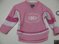 MONTREAL CANADIENS YOUTH/ADULT FEMALE HOCKEY JERSEY OFFICIAL NWT