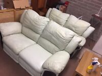 2x 2 seater reclining sofas./ free delivery in sof