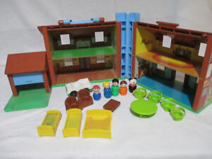 COMPLETE Vintage Fisher-Price 952 BROWN HOUSE