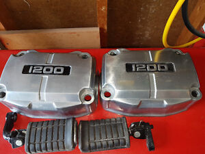 Valve covers and foot pegs for a Gl1200