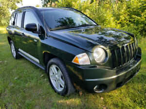 2010 Jeep Compass  4x4 SUV