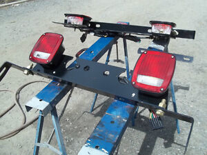 TRUCK & TRAILER LIGHTS & MOUNTING PLATES