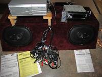 Radiocassette 4 tracks avec lecteur de12 cd. Auto, tracteur, bat