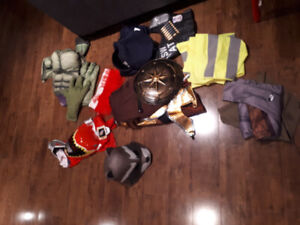 Plusieurs  costumes Halloween pour garçon 5 à 7 ans