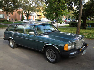 1983 Mercedes-Benz 300-Series Leather Wagon