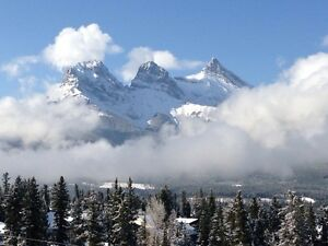 Casual Snow Clearing Opportunity in Canmore $25/hr.
