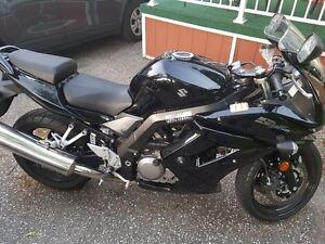 ** 2011 SUZUKI SV650S FOR SALE **